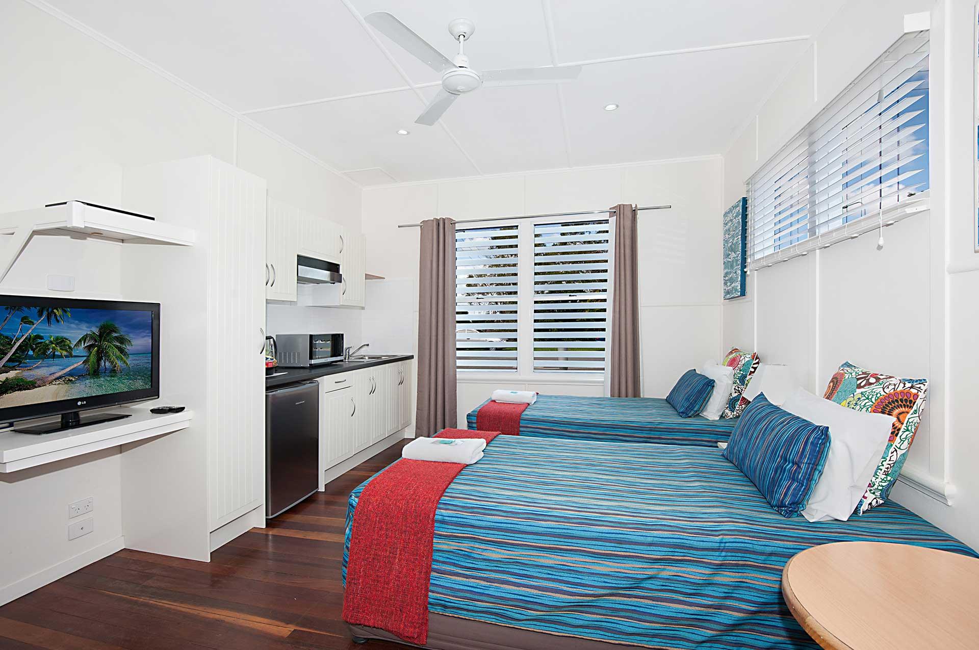 bedroom1-twin-studio
